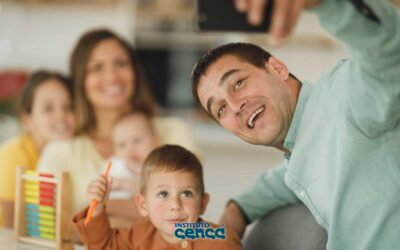 Padres de familia multitask durante la pandemia
